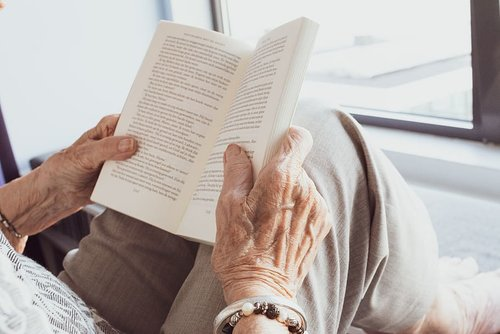 Illiteracy Could Increase Dementia Risk